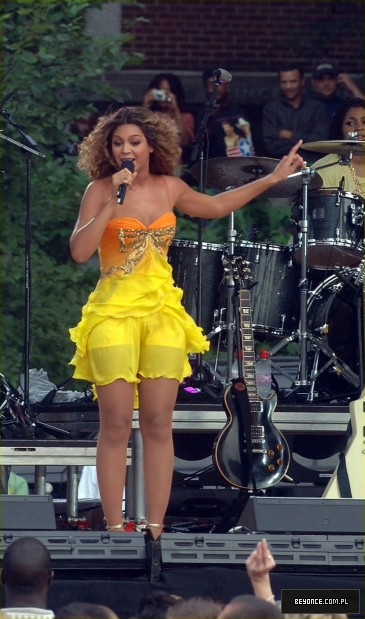 Ellen degeneres show new york city performance 28 08 2006ellenp 12 beyonce - Ellen show new york ...
